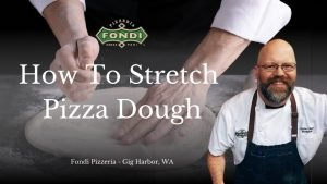 How to stretch pizza dough